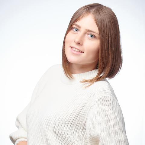 Алена Елизарова